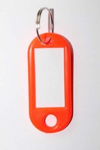 25. Klíčenka s přívěskem - oranžová