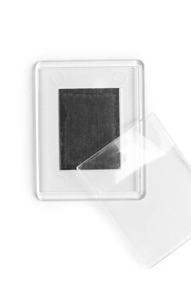 10. Akrylová magnetka na ledničku - (5,3 x 4,3 cm)